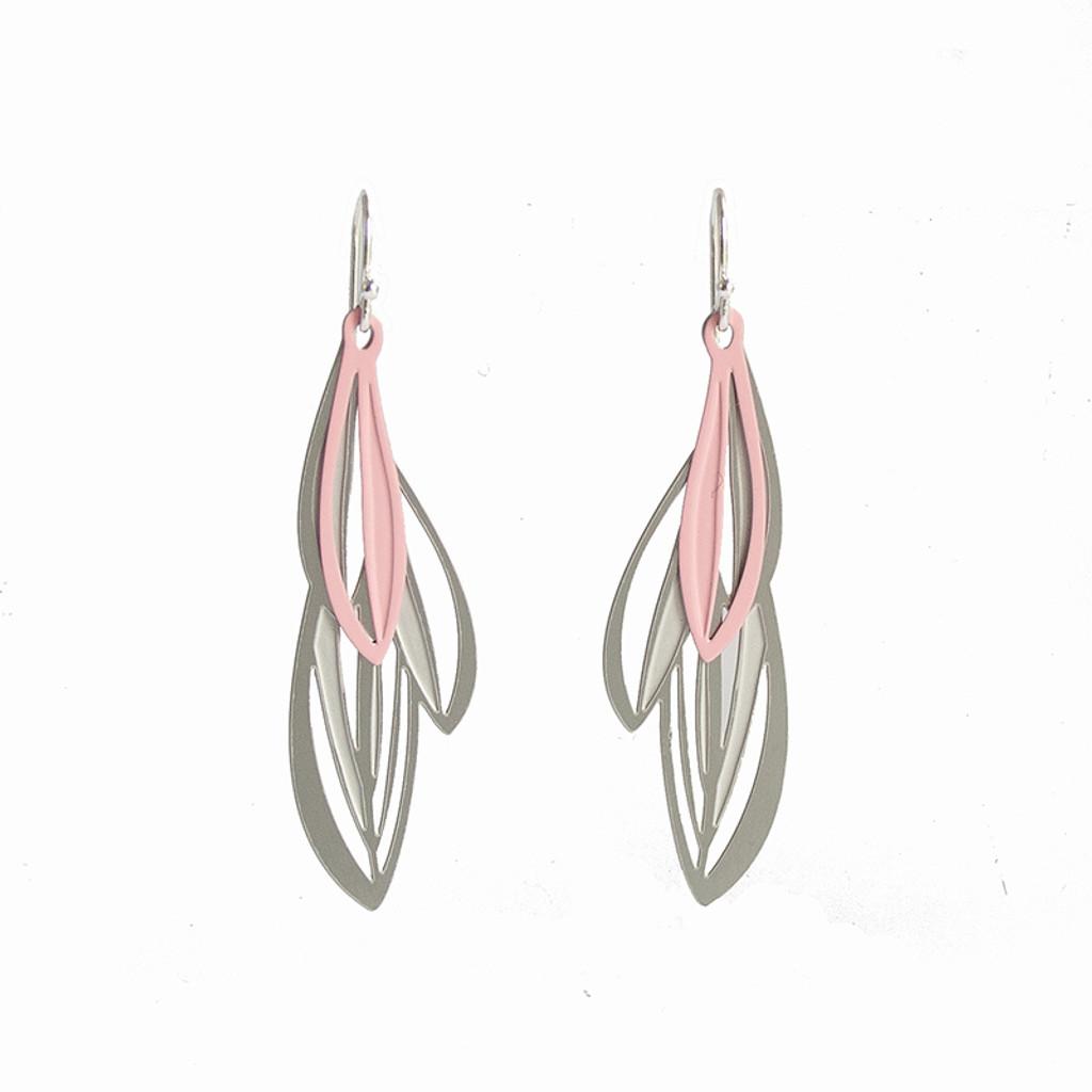 Double leaf earrings grey & pink