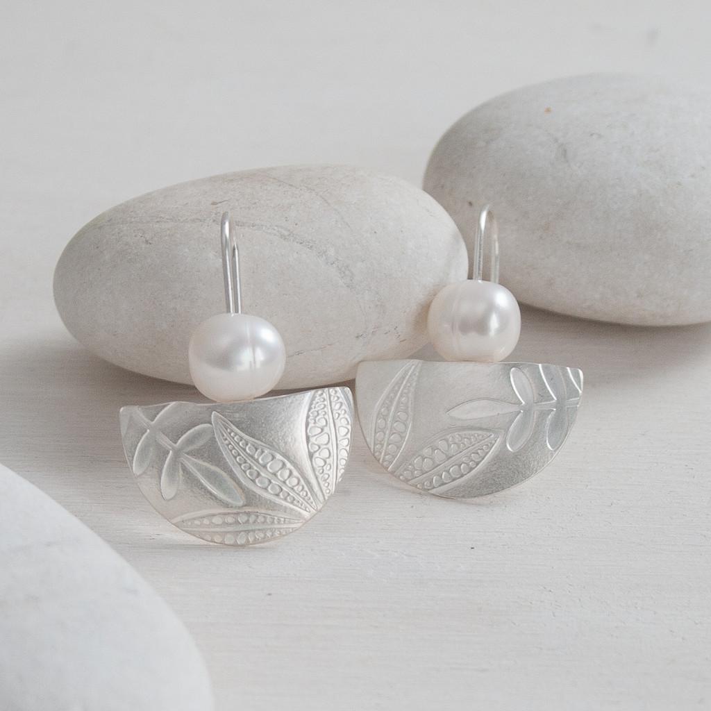 Fresh water pearl sterling silver leaf imprint earrings