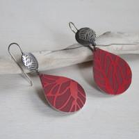 Red daisy silver and aluminium tear drop earrings