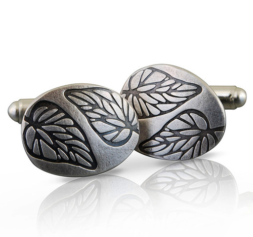 Embossed leaf cufflinks 1