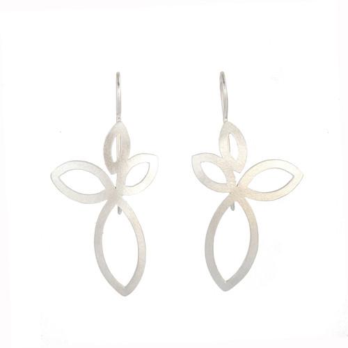 Petal earrings silver