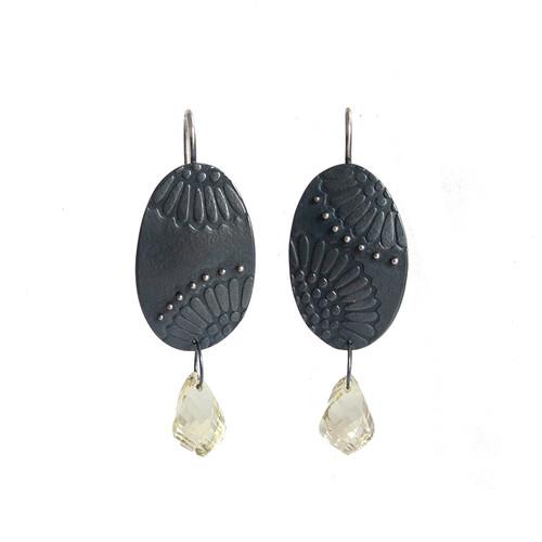 Dot dasiy silver and citrine daisy earrings