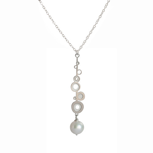 Fresh water pearl steel bud drop pendant