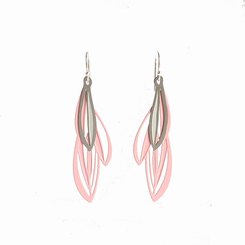 Double leaf earrings pink & grey