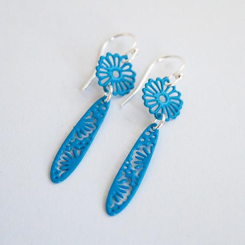 Petite bright blue daisy drop earrings