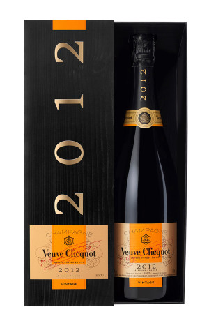 Veuve Clicquot Vintage 2012 in gift box