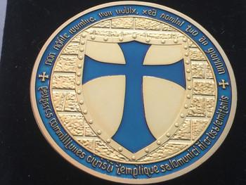 MOUNTED KNIGHT TEMPLAR MASON COIN GOLDTONE BLUE