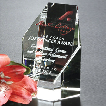 The Citadel Award is ideal for acknowledging strong performance and continued hard work. The flat hexagon face is wonderful for imprinting your personalized message.