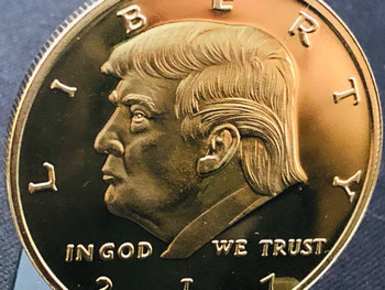 PRESIDENT TRUMP COIN GOLD TONE