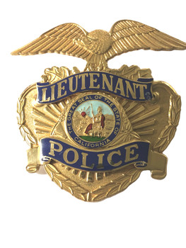CALIFORNIA  POLICE LIEUTENANT CAP BADGE