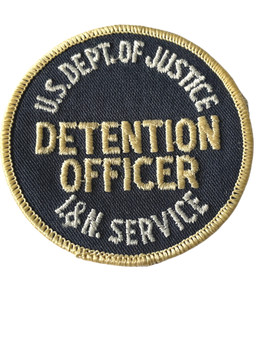 US IMMIGRATION DETENTION OFFICER RARE PATCH FREE SHIPPING!