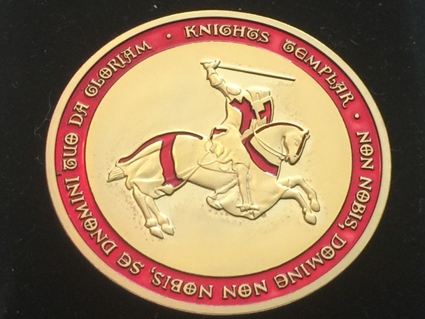 MOUNTED KNIGHT TEMPLAR MASON COIN GOLDTONE RED