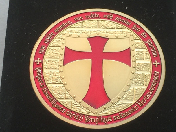 DOUBLE MOUNTED KNIGHTS TEMPLAR MASON COIN GOLDTONE RED