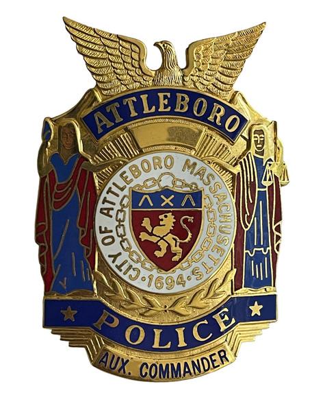 ATTLEBORO POLICE AUX COMMANDER  MA BADGE