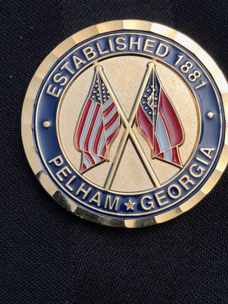 PELHAM GEORGIA POLICE CHALLENGE COIN RARE  COMMAND SIZE OF 1.75 INCH BEAUTIFUL TWO TONE BADGE CROSSED FLAGS USA & STATE OF GEORGIA DISPLAYED IN FULL COLOR GREAT GEORGIA POLICE COLLECTIBLE