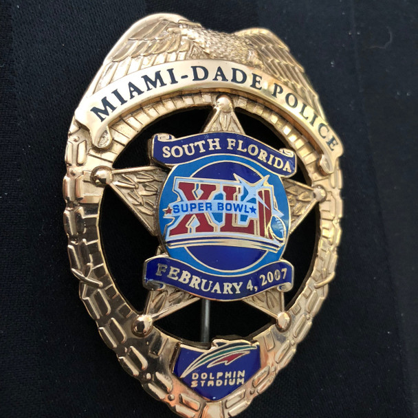 SUPER BOWL MIAMI DADE COLLECTIBLE BADGE 2007