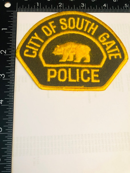 SOUTH GATE POLICE CA  PATCH LEFT