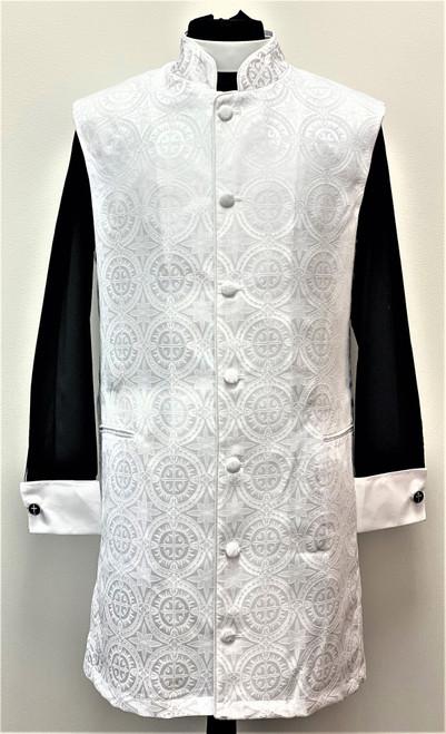 008. Roman 3/4 Clergy Apron In White