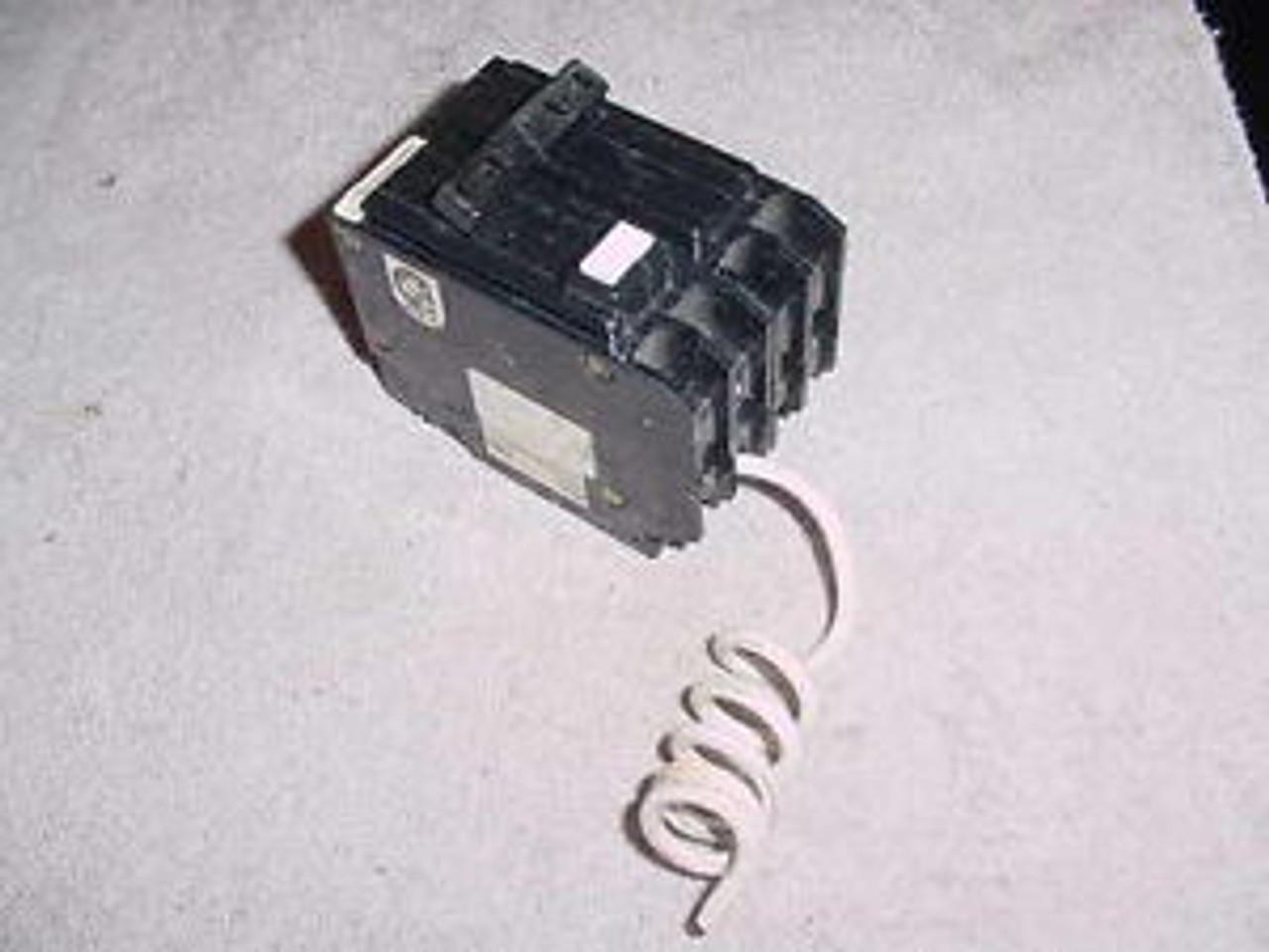Square D QOB220GFI 2p 20a 120//240v New Ground Fault Breaker 1-yr Warranty