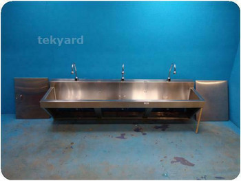 MARKET FORGE 2 BAY STAINLESS STEEL SURGICAL SINK / SCRUB STATION ! (219722)