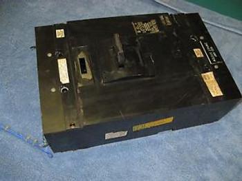 USED Square D MAL 360008 Shunt Trip Circuit Breaker 600 Amps 600V