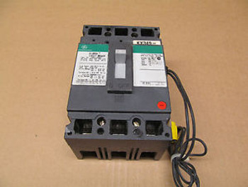 1 GE THED THED136090 CIRCUIT BREAKER WITH 120-240 SHUNT TRIP 90AMP 600VAC 250VDC