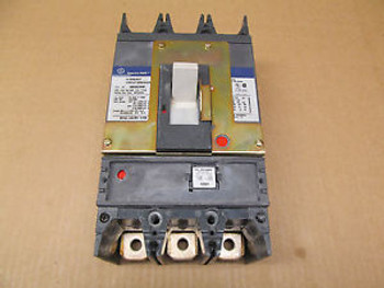 1 GE SGHA36AT0400 400 AMP 3P 600 VAC CIRCUIT BREAKER W 400 AMP RATING PLUG