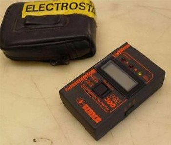 #265  Simco Fm-300  Electrostatic Fieldmeter  Sn 3025  W/ Case
