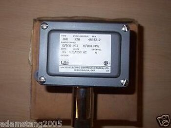 United Electric Type J6X Model 230 Pressure Switch Range 0/100Psi 0/700Kpa