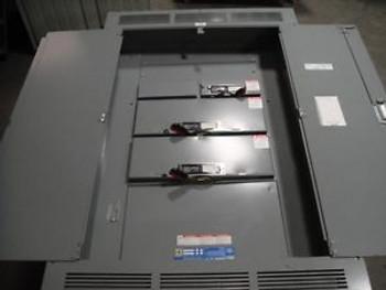 SQUARE D QMB SWITCH PANEL 600 AMP, 600 VOLT
