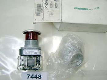 (7448) Allen Bradley Push Button 800Tfxmqh32Ra7 Illuminated Red 600V 10A