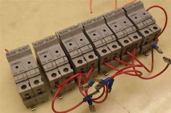 #416  &gt Pack of 6 &lt  BUSS  CHM2I  Dual Fuse Holder  All include fuses