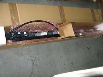 Hewlitt Packard Smart S1132 PDU, 373807-001, Series HSTNR-P002-1, NEW