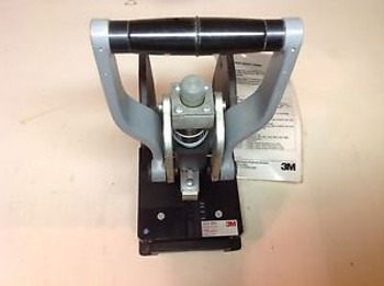 3M 3640 Assembly Press With 3443-106N Locator Plate