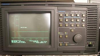Tektronix VM700A 01 11 20 21 40 48 Video Measurement Set