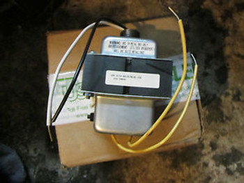 US-LED TRANSFORMER BE32426001 PRI:120V SEC:25V 100VA E-T-A BREAKER. BLUE&WHITE