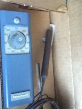 (T3-3) 1 NEW HONEYWELL T675A 1102 THERMOSTAT. T3-3.