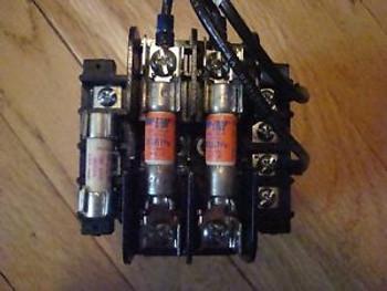 100 va Control Transformer, Cutler Hammer, 120/277 v primary 120 volt sec
