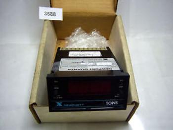 (3588) Newport Panel Meter Q 2001 A 0-5VDC Input 120 VAC