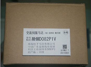 NEW IN BOX Panasonic AC Servo Motor MHMD082P1V 750W