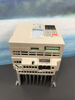 NEW MAGNETEK GPD205-A001 GPD205 YASKAWA ADJUSTABLE FREQUENCY AC 200-230V DRIVE