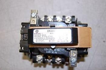 GE CR305C0 Nema Size 1 Contactor Max Volts 600 AC NEW