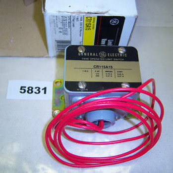 (5831)B GE Vane Operated Limit Switch CR115A15 115-230 VAC