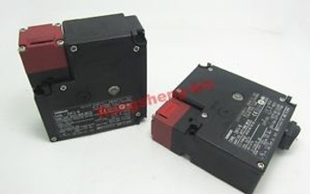 1PC New Omron Lock Safety Door Switch D4NL-2EFA-B D4NL2EFAB