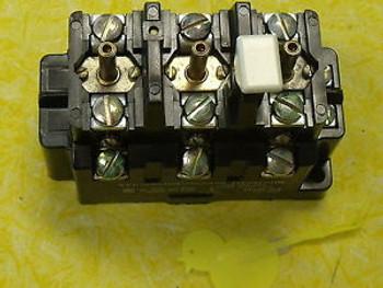 #574 Square D 815B0V16 120V Overload Relay New Surplus  Open Type for starter
