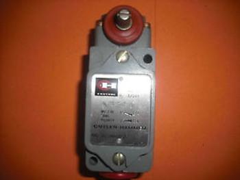 Cutler Hammer Limit Switch 10316H185C 600V AC MAX PILOT DUTY