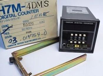 OMRON ELECTRONICS H7M-4DMS DIGITAL COUNTER 9999 110-220VAC 2565 NEW