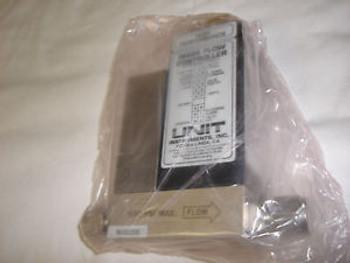 Unit Instruments UFC-1400 - Mass Flow Controller - 5 SLM / Gas N2 / MFC