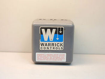 WARRICK CONTROLS 1C1E1 NEW-NO BOX LIQUID LEVEL CONTROL 1C1E1