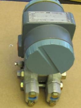 Foxboro Intelligent Transmitter 823DP-D3S1NL2 NEW
